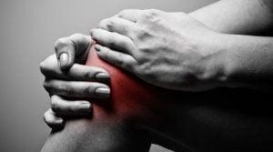 Ból kolana - przyczyny