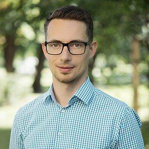 dr Mateusz Nowacki