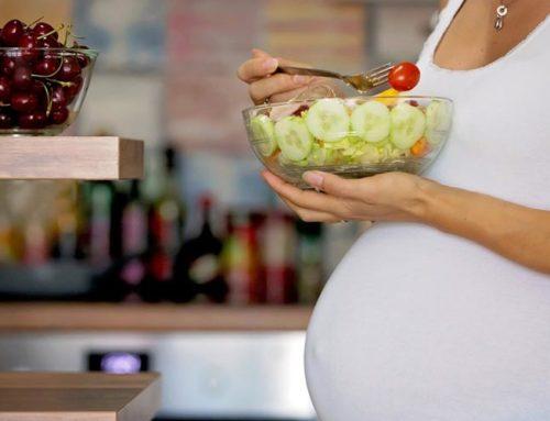 Dieta w ciąży – jak wpływa na słuch dziecka?