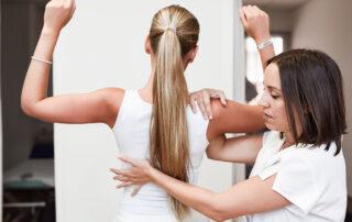 Rehabilitacja kręgosłupa – na czym polega?