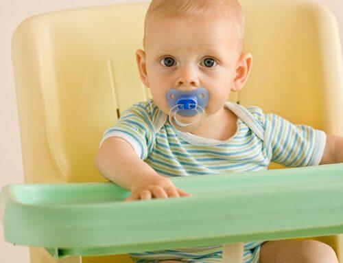 Odpowiedzialni rodzice – wybór krzesełka do karmienia ma istotny wpływ na poprawną postawę Twojego dziecka!