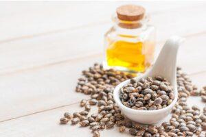 Jak działa olejek rycynowy na rzęsy?