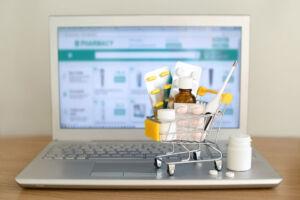 Apteka internetowa czy tradycyjna? Gdzie warto kupować leki i suplementy diety?